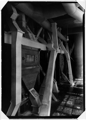 Lewis Wickes Hine (American, 1874-1940). <em>[Untitled] (Flour Sifter)</em>, ca. 1937-1938. Gelatin silver photograph, 7 x 5 in.  (17.8 x 12.7 cm). Brooklyn Museum, Gift of The National Archives, 79.143.1 (Photo: Brooklyn Museum, 79.143.1_bw.jpg)