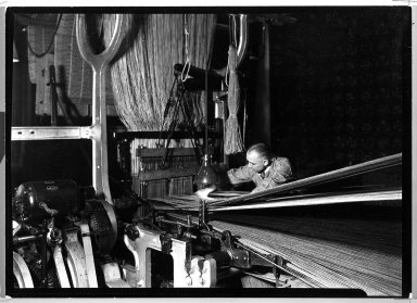 Lewis Wickes Hine (American, 1874-1940). <em>[Untitled] (Carpet Making)</em>, 1936-1937. Gelatin silver photograph, 4 3/4 x 7 1/4 in.  (12.1 x 18.4 cm). Brooklyn Museum, Gift of the National Archives, 79.143.47 (Photo: Brooklyn Museum, 79.143.47_bw.jpg)