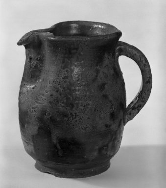 J. B. Blunk (American, 1926-2002). <em>Pitcher</em>, 1953-1954. Bizen ware, 4 3/4 x 4 1/4 in. (12.1 x 10.8 cm). Brooklyn Museum, Gift of Sidney B. Cardozo, Jr., 79.178.1. Creative Commons-BY (Photo: Brooklyn Museum, 79.178.1_bw.jpg)