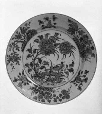 <em>Plate</em>, 1662-1722. Porcelain, 1 x 11 in. (2.5 x 27.9 cm). Brooklyn Museum, Gift of Robert S. Anderson, 79.247.3. Creative Commons-BY (Photo: Brooklyn Museum, 79.247.3_bw.jpg)