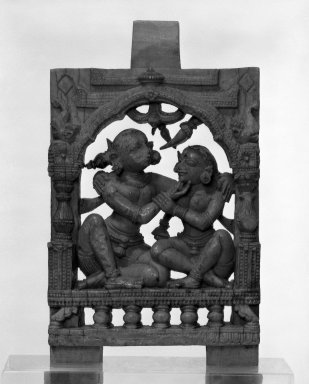<em>Couple Embracing</em>, 13th-14th century. Carved ivory plaque with polychrome, 3 15/16 × 2 5/16 × 3/8 in. (10 × 5.8 × 1 cm). Brooklyn Museum, Gift of Marilyn W. Grounds, 79.260.13. Creative Commons-BY (Photo: Brooklyn Museum, 79.260.13_bw.jpg)