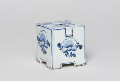 <em>Water Dropper</em>, 19th century. Porcelain with cobalt blue underglaze decoration, 2 3/4 x 2 1/2in. (7 x 6.4cm). Brooklyn Museum, Gift of Dr. John P. Lyden, 79.273.2. Creative Commons-BY (Photo: , 79.273.2_PS11.jpg)