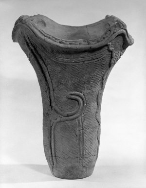 <em>Beaker</em>, ca. 2500 B.C.E. Earthenware, 13 7/8 x 12 in. (35.2 x 30.5 cm). Brooklyn Museum, Gift of Mr. and Mrs. Stanley Marcus, 79.278.3. Creative Commons-BY (Photo: Brooklyn Museum, 79.278.3_bw.jpg)