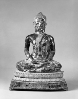 <em>Seated Buddha</em>, ca. 1780. Bronze, black lacquer, gold leaf, 35 x 26 x 14 1/2 in. (88.9 x 66 x 36.8 cm). Brooklyn Museum, Gift of Dr. Andrew Dahl, 80.115.11. Creative Commons-BY (Photo: Brooklyn Museum, 80.115.11_bw.jpg)