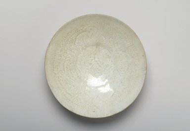 <em>Bowl</em>, 960-1127. Porcelain with qingbai glaze, 2 1/8 x 7 1/2 in. (5.4 x 19 cm). Brooklyn Museum, Gift of the Elaine and Harvey Rothenberg Foundation and Designated Purchase Fund, 80.121. Creative Commons-BY (Photo: Brooklyn Museum, 80.121_top_PS1.jpg)