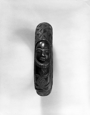 Yombe. <em>Bracelet (Lunga di Lemba)</em>, late 19th-early 20th century. Copper alloy, Diam: 4 3/8 in. (11.1 cm). Brooklyn Museum, Purchased with funds given by Mr. and Mrs. Milton F. Rosenthal, 80.1. Creative Commons-BY (Photo: Brooklyn Museum, 80.1_view1_bw.jpg)