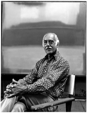 Arthur Mones (American, 1919-1998). <em>Esteban Vicente</em>, 1980. Gelatin silver photograph, 13 1/2 × 10 3/8 in. (34.3 × 26.4 cm). Brooklyn Museum, Gift of Ruth Mones, 80.226.3. © artist or artist's estate (Photo: Brooklyn Museum, 80.226.3_bw.jpg)
