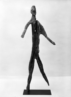 <em>Clan Figure (kakame)</em>. Wood, 78 inches (198.1 cm.). Brooklyn Museum, Gift of Mrs. Melville W. Hall, 81.164.6. Creative Commons-BY (Photo: Brooklyn Museum, 81.164.6_front_bw.jpg)