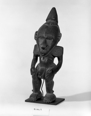 <em>Male Figure</em>. Wood, 13 3/4 inches (34.9 cm.). Brooklyn Museum, Gift of Mrs. Melville W. Hall, 81.164.9. Creative Commons-BY (Photo: Brooklyn Museum, 81.164.9_bw.jpg)