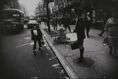 Garry Winogrand (American, 1928-1984). <em>New York City</em>, 1968, printed 1978. Gelatin silver photograph, Sheet: 10 15/16 x 13 7/8 in. (27.8 x 35.2 cm). Brooklyn Museum, Gift of Donald T. Johnson, 81.260.15. © artist or artist's estate (Photo: , 81.260.15_PS9.jpg)