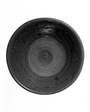 <em>Bowl</em>, 13th-14th century. Glazed ceramic, 2 x 6 1/4 in. (5.1 x 15.9 cm). Brooklyn Museum, Gift of Dr. Jerome Krieger, 81.289.18. Creative Commons-BY (Photo: Brooklyn Museum, 81.289.18_bw.jpg)