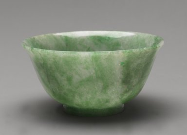 <em>Bowl</em>, 19th century. Jadeite, 2 3/4 x 5 3/8 in. (7 x 13.7 cm). Brooklyn Museum, Gift of Mr. and Mrs. James Leipner, 81.292. Creative Commons-BY (Photo: Brooklyn Museum, 81.292_PS4.jpg)