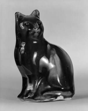 <em>Bank in Form of a Cat</em>, ca. 1820. Lead-glazed earthenware, 4 1/2 x 3 1/4 x 2 in. (11.4 x 8.3 x 5.1 cm). Brooklyn Museum, Bequest of Dr. Grace McLean Abbate, 81.53.7. Creative Commons-BY (Photo: Brooklyn Museum, 81.53.7_bw.jpg)