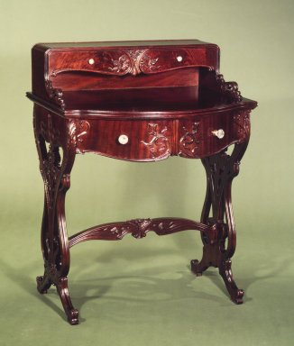 American. <em>Desk</em>, 1900-1910. Mahogany, sycamore, 37 3/4 x 29 x 22 in. (95.9 x 73.7 x 55.9 cm). Brooklyn Museum, H. Randolph Lever Fund, 81.56.1. Creative Commons-BY (Photo: Brooklyn Museum, 81.56.1_transp2740.jpg)