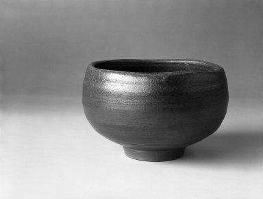 Yamashita Joji (Japanese, born 1947). <em>Tea Bowl</em>, 1980. Stoneware, Bizen ware, 3 1/4 x 5 1/4 in. (8.3 x 13.3 cm). Brooklyn Museum, Gift of Robert S. Anderson, 82.171.5. Creative Commons-BY (Photo: Brooklyn Museum, 82.171.5_bw.jpg)