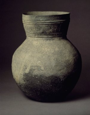 <em>Jar</em>, 5th century. Stoneware, Height: 9 13/16 in. (25 cm). Brooklyn Museum, Gift of Robert S. Anderson, 82.171.9. Creative Commons-BY (Photo: Brooklyn Museum, 82.171.9.jpg)