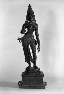 <em>Standing Parvati</em>, 12th century. Bronze, 19 1/2 in.  (49.5 cm). Brooklyn Museum, Gift of Kaywin Lehman Smith, 82.181. Creative Commons-BY (Photo: Brooklyn Museum, 82.181_bw.jpg)