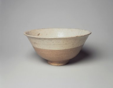 <em>Bowl</em>, last half of 15th-16th century. Buncheong ware, stoneware, Height: 3 7/16 in. (8.8 cm). Brooklyn Museum, Gift of John M. Lyden