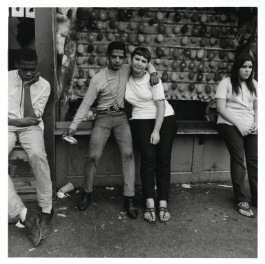 Stephen Salmieri (American, born 1945). <em>Coney Island</em>, 1968. Gelatin silver photograph, Sheet: 14 x 11 in. (35.6 x 27.9 cm). Brooklyn Museum, Gift of Edward Klein, 82.201.5. © artist or artist's estate (Photo: Brooklyn Museum, 82.201.5_PS2.jpg)