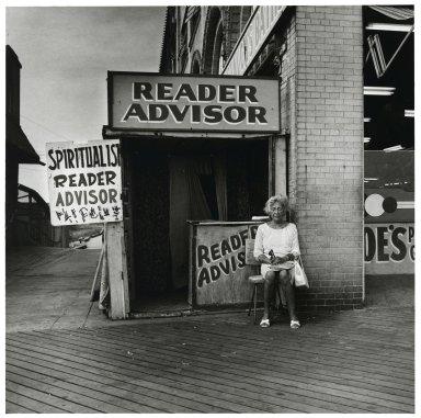 Stephen Salmieri (American, born 1945). <em>Coney Island</em>, 1968. Gelatin silver photograph, Sheet: 14 x 11 in. (35.6 x 27.9 cm). Brooklyn Museum, Gift of Edward Klein, 82.201.8. © artist or artist's estate (Photo: Brooklyn Museum, 82.201.8_PS2.jpg)