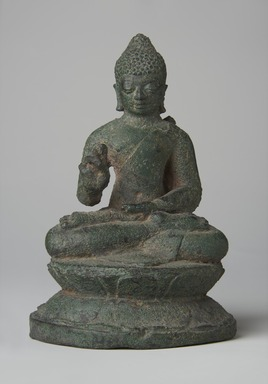 <em>Seated Buddha</em>, ca. 850. Bronze Brooklyn Museum, Gift of Georgia and Michael de Havenon, 82.233.4. Creative Commons-BY (Photo: Brooklyn Museum, 82.233.4_front_PS11.jpg)