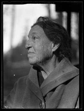 Consuelo Kanaga (American, 1894-1978). <em>[Untitled]</em>. Cellulose nitrate negative, 3 1/4 x 4 1/4 in. (8.3 x 10.8 cm). Brooklyn Museum, Gift of Wallace B. Putnam from the Estate of Consuelo Kanaga, 82.65.1281 (Photo: Brooklyn Museum, 82.65.1281_bw_SL5.jpg)