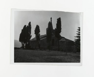 Consuelo Kanaga (American, 1894-1978). <em>[Untitled]</em>, 1967. Gelatin silver photograph, 4 1/2 x 5 3/8 in. (11.4 x 13.7 cm). Brooklyn Museum, Gift of Wallace B. Putnam from the Estate of Consuelo Kanaga, 82.65.197 (Photo: Brooklyn Museum, 82.65.197_PS2.jpg)
