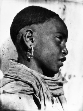 Consuelo Kanaga (American, 1894-1978). <em>[Untitled] (Young African, North Africa)</em>, 1928. Negative, print: 4 1/2 x 3 1/2 in. (11.4 x 8.9 cm). Brooklyn Museum, Gift of Wallace B. Putnam from the Estate of Consuelo Kanaga, 82.65.2137 (Photo: Brooklyn Museum, 82.65.2137_bw_IMLS.jpg)