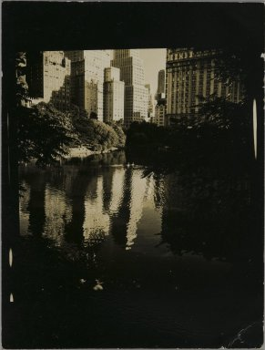 Consuelo Kanaga (American, 1894-1978). <em>[Untitled] (Central Park)</em>. Gelatin silver photograph, 3 1/4 x 2 1/2 in. (8.3 x 6.4 cm). Brooklyn Museum, Gift of Wallace B. Putnam from the Estate of Consuelo Kanaga, 82.65.217 (Photo: Brooklyn Museum, 82.65.217_PS2.jpg)