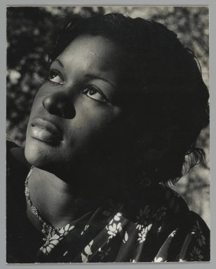 Consuelo Kanaga (American, 1894-1978). <em>Frances</em>, early 1930s. Toned gelatin silver photograph, 9 3/4 x 7 3/4 in. (24.8 x 19.7 cm). Brooklyn Museum, Gift of Wallace B. Putnam from the Estate of Consuelo Kanaga, 82.65.396 (Photo: Brooklyn Museum, 82.65.396_PS2.jpg)