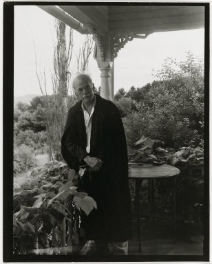 "Consuelo Kanaga (American, 1894-1978). <em>Steiglitz (Print ""B"")</em>. Gelatin silver photograph, 5 x 4 in. (12.7 x 10.2 cm). Brooklyn Museum, Gift of Wallace B. Putnam from the Estate of Consuelo Kanaga, 82.65.40 (Photo: Brooklyn Museum, 82.65.40_PS2.jpg)"