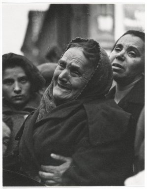 Consuelo Kanaga (American, 1894-1978). <em>Grieving Woman</em>, 1925. Gelatin silver photograph, 6 1/8 x 4 3/4 in. (15.6 x 12.1 cm). Brooklyn Museum, Gift of Wallace B. Putnam from the Estate of Consuelo Kanaga, 82.65.416 (Photo: Brooklyn Museum, 82.65.416_PS2.jpg)