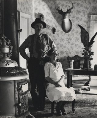Consuelo Kanaga (American, 1894-1978). <em>[Untitled] (Mr. and Mrs. Stanley)</em>. Gelatin silver photograph, Image: 4 5/8 x 3 7/8 in. (11.7 x 9.8 cm). Brooklyn Museum, Gift of Wallace B. Putnam from the Estate of Consuelo Kanaga, 82.65.430 (Photo: Brooklyn Museum, 82.65.430_PS2.jpg)