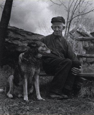 Consuelo Kanaga (American, 1894-1978). <em>Gus Weltie, High Tor, New York</em>. Gelatin silver photograph, 5 1/2 x 4 1/2in. (14 x 11.4cm). Brooklyn Museum, Gift of Wallace B. Putnam from the Estate of Consuelo Kanaga, 82.65.433 (Photo: Brooklyn Museum, 82.65.433_PS2.jpg)