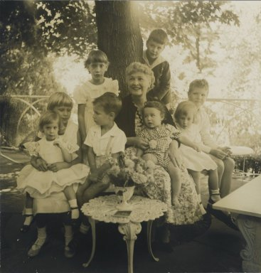 Consuelo Kanaga (American, 1894-1978). <em>[Untitled] (Walter Lewisohn's Mother with Grandchildren)</em>. Gelatin silver photograph, 8 1/4 x 7 7/8 in. (21 x 20 cm). Brooklyn Museum, Gift of Wallace B. Putnam from the Estate of Consuelo Kanaga, 82.65.50 (Photo: Brooklyn Museum, 82.65.50_PS2.jpg)