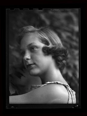 Consuelo Kanaga (American, 1894-1978). <em>[Untitled]</em>. Negative, 3 1/8 x 4 1/4 in. (7.9 x 10.8 cm). Brooklyn Museum, Gift of Wallace B. Putnam from the Estate of Consuelo Kanaga, 82.65.697 (Photo: Brooklyn Museum, 82.65.697.jpg)