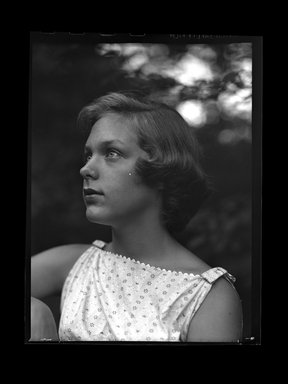 Consuelo Kanaga (American, 1894-1978). <em>[Untitled]</em>. Negative, 3 1/8 x 4 1/4 in. (7.9 x 10.8 cm). Brooklyn Museum, Gift of Wallace B. Putnam from the Estate of Consuelo Kanaga, 82.65.698 (Photo: Brooklyn Museum, 82.65.698.jpg)