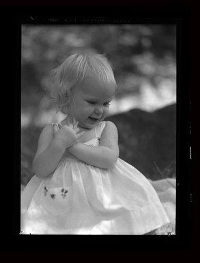 Consuelo Kanaga (American, 1894-1978). <em>[Untitled]</em>. Negative, 2 1/4 x 2 1/4 in. (5.7 x 5.7 cm). Brooklyn Museum, Gift of Wallace B. Putnam from the Estate of Consuelo Kanaga, 82.65.712 (Photo: Brooklyn Museum, 82.65.712.jpg)