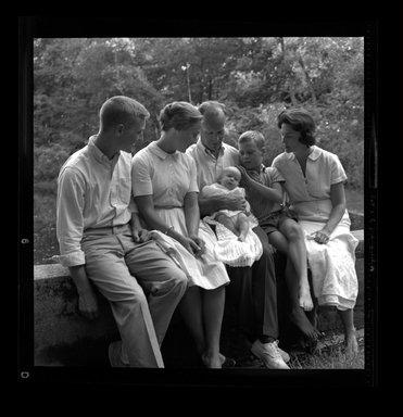 Consuelo Kanaga (American, 1894-1978). <em>[Untitled]</em>. Negative, 3 1/8 x 4 1/4 in. (7.9 x 10.8 cm). Brooklyn Museum, Gift of Wallace B. Putnam from the Estate of Consuelo Kanaga, 82.65.736 (Photo: Brooklyn Museum, 82.65.736.jpg)