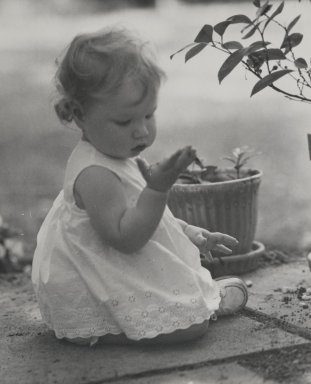 Consuelo Kanaga (American, 1894-1978). <em>[Untitled] (Seated Child)</em>. Gelatin silver photograph, 6 7/8 x 5 1/2 in. (17.5 x 14 cm). Brooklyn Museum, Gift of Wallace B. Putnam from the Estate of Consuelo Kanaga, 82.65.75 (Photo: Brooklyn Museum, 82.65.75_PS2.jpg)