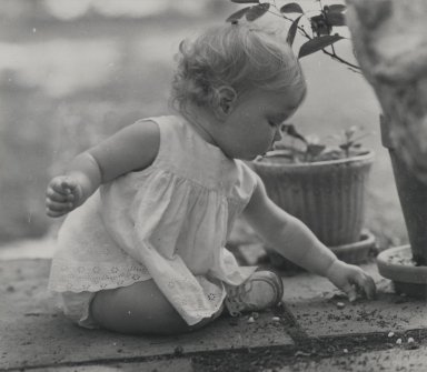 Consuelo Kanaga (American, 1894-1978). <em>[Untitled] (Seated Child)</em>. Gelatin silver photograph, 5 3/8 x 6 1/4 in. (13.7 x 15.9 cm). Brooklyn Museum, Gift of Wallace B. Putnam from the Estate of Consuelo Kanaga, 82.65.76 (Photo: Brooklyn Museum, 82.65.76_PS2.jpg)