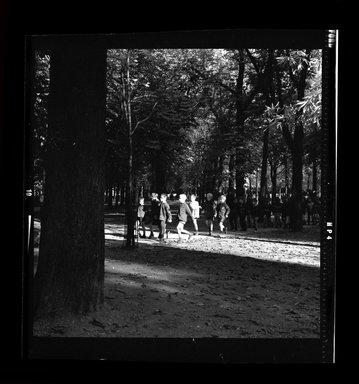 Consuelo Kanaga (American, 1894-1978). <em>[Untitled]</em>. Negative, 3 1/8 x 4 1/4 in. (7.9 x 10.8 cm). Brooklyn Museum, Gift of Wallace B. Putnam from the Estate of Consuelo Kanaga, 82.65.778 (Photo: Brooklyn Museum, 82.65.778.jpg)