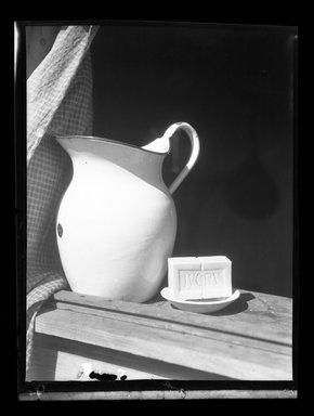 Consuelo Kanaga (American, 1894-1978). <em>[Untitled]</em>. Negative, 3 1/4 x 4 1/4 in. (8.3 x 10.8 cm). Brooklyn Museum, Gift of Wallace B. Putnam from the Estate of Consuelo Kanaga, 82.65.840 (Photo: Brooklyn Museum, 82.65.840.jpg)