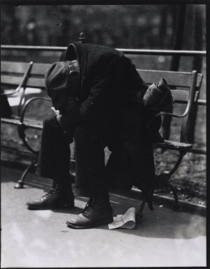 Consuelo Kanaga (American, 1894-1978). <em>[Untitled] (Man on Bench, New York)</em>, 1920s. Toned gelatin silver photograph, Sheet: 4 7/8 x 3 7/8 in. (12.4 x 9.8 cm). Brooklyn Museum, Gift of Wallace B. Putnam from the Estate of Consuelo Kanaga, 82.65.911.2 (Photo: Brooklyn Museum, 82.65.911.2_PS2.jpg)