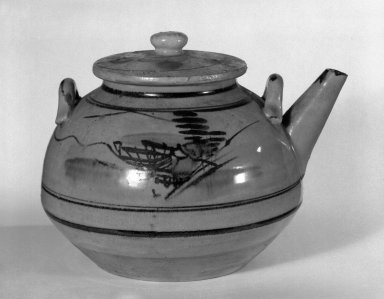<em>Shigaraki Ware Teapot and Lid</em>, early 20th century. Buff stoneware with clear glaze over ivory-colored slip, 3 1/2 x 6 1/2 in. (8.9 x 16.5 cm). Brooklyn Museum, Gift of John M. Lyden, 83.169.20. Creative Commons-BY (Photo: Brooklyn Museum, 83.169.20_bw.jpg)