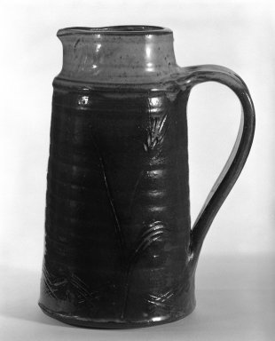 <em>Pitcher</em>, ca. 1960. Stoneware, 8 7/8 x 5 in. (22.5 x 12.7 cm). Brooklyn Museum, Gift of Mr. and Mrs. Richard Sneider, 83.173.13. Creative Commons-BY (Photo: Brooklyn Museum, 83.173.13_bw.jpg)