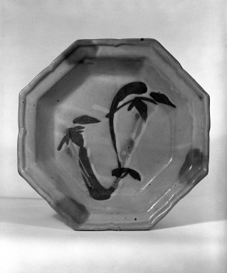Sakuma Totaro (Japanese, 1900-1976). <em>Octagonal Bowl</em>, ca. 1960. Stoneware, 2 1/2 x 13 1/4 in. (6.4 x 33.7 cm). Brooklyn Museum, Gift of Mr. and Mrs. Richard Sneider, 83.173.2. Creative Commons-BY (Photo: Brooklyn Museum, 83.173.2_bw.jpg)