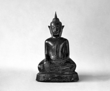 <em>Ayudhya Buddha Image, 2 of 3</em>, 17th century. Wood and silver, 3 7/8 in. (9.8 cm). Brooklyn Museum, Gift of Dr. Joel Canter, 83.181.14. Creative Commons-BY (Photo: Brooklyn Museum, 83.181.14_bw.jpg)