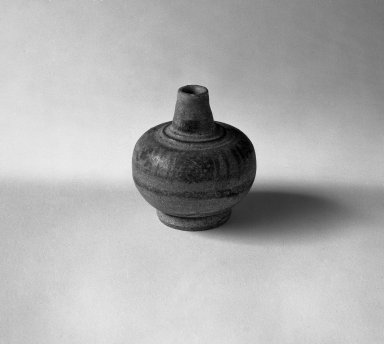 <em>Sawankhalok Miniature Jar, 1 of 5</em>, 14th century. Stoneware, H: 2 in. (5.1 cm). Brooklyn Museum, Gift of Dr. Joel Canter, 83.181.3. Creative Commons-BY (Photo: Brooklyn Museum, 83.181.3_bw.jpg)