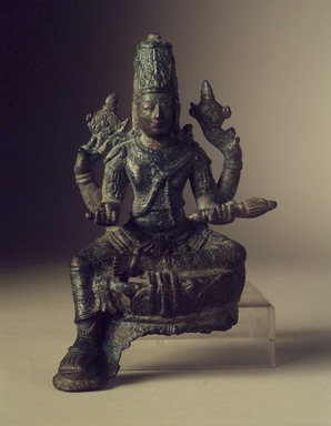 <em>Vishnu</em>, 9th century or earlier. Bronze, 4 7/8 in. (12.4 cm). Brooklyn Museum, Gift of Georgia and Michael de Havenon, 83.182.2. Creative Commons-BY (Photo: Brooklyn Museum, 83.182.2_transp4201.jpg)